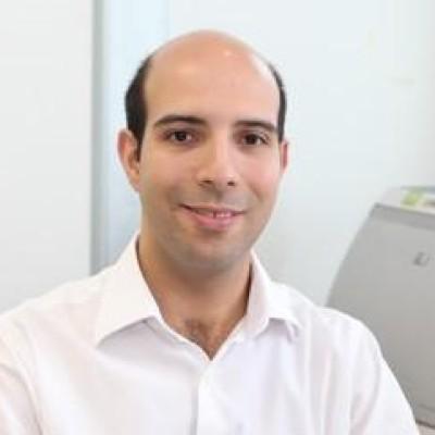 Este é Marcel Siqueira