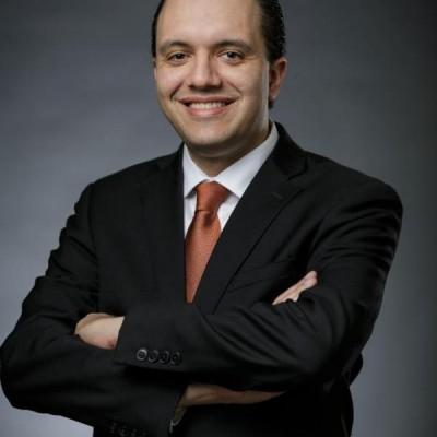 Este é Alexandre Viana